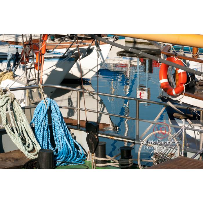 Port de Paimpol / Côtes d'Armor / Bretagne - Réf : VQFR22-0933 (Q2)