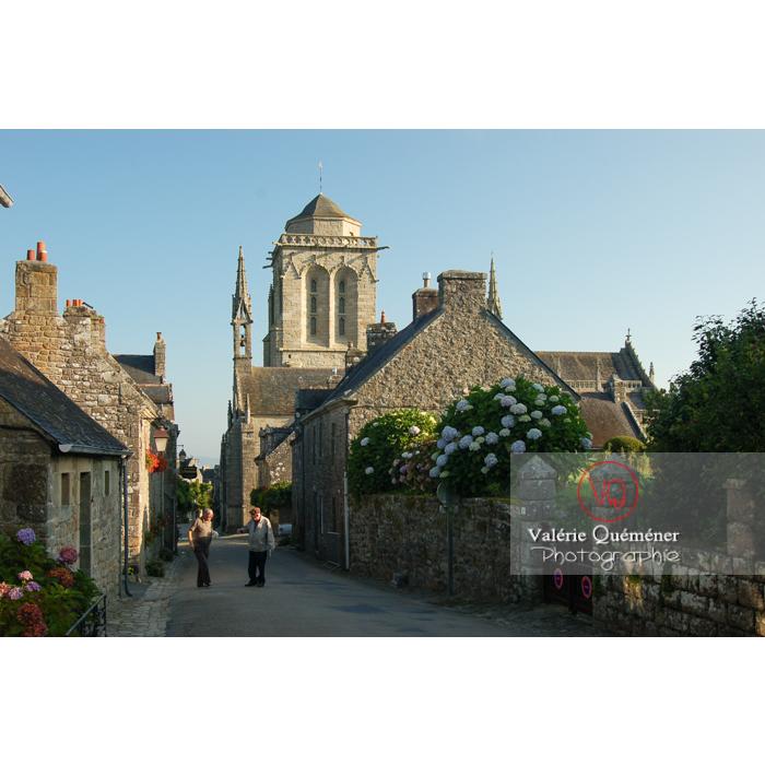 Locronan et son église Saint-Ronan / Finistère / Bretagne - Réf : VQFR29-0183 (Q1)