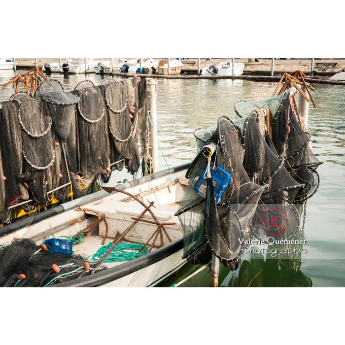 Nasses et filets de pêche au port du Grau-du-Roi / Gard / Occitanie - Réf : VQFR30-0035 (Q2)