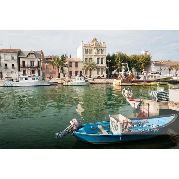 Port et maisons dont maison du dauphin au Grau-du-Roi / Gard / Occitanie - Réf : VQFR30-0058 (Q3)