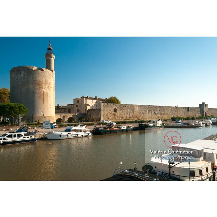 Tour de Constance au pied du port à Aigues-Mortes / Gard / Occitanie - Réf : VQFR30-0059 (Q2)