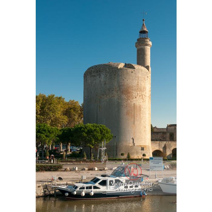 Tour de Constance au pied du port à Aigues-Mortes / Gard / Occitanie - Réf : VQFR30-0060 (Q2)