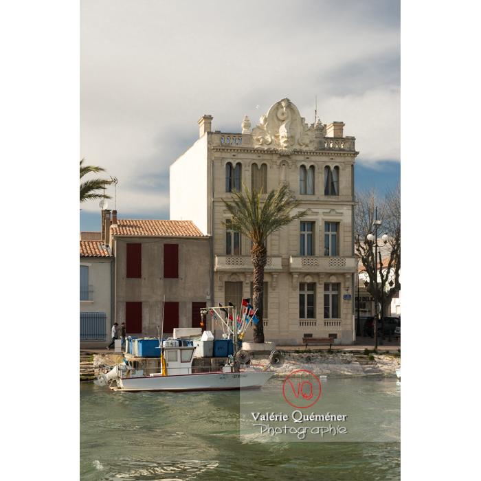 Maison du dauphin sur le port du Grau-du-Roi / Gard / Occitanie - Réf : VQFR30-0274 (Q3)