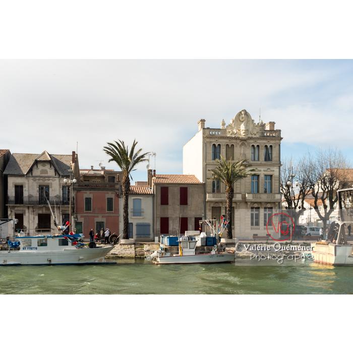 Maisons sur le port du Grau-du-Roi, dont la maison du dauphin / Gard / Occitanie - Réf : VQFR30-0275 (Q3)