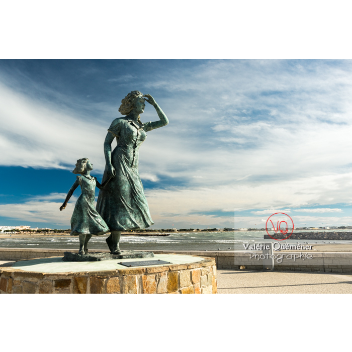 Sculpture l'espérance d'Ali Salem sur le port du Grau-du-Roi / Gard / Occitanie - Réf : VQFR30-0281 (Q3)