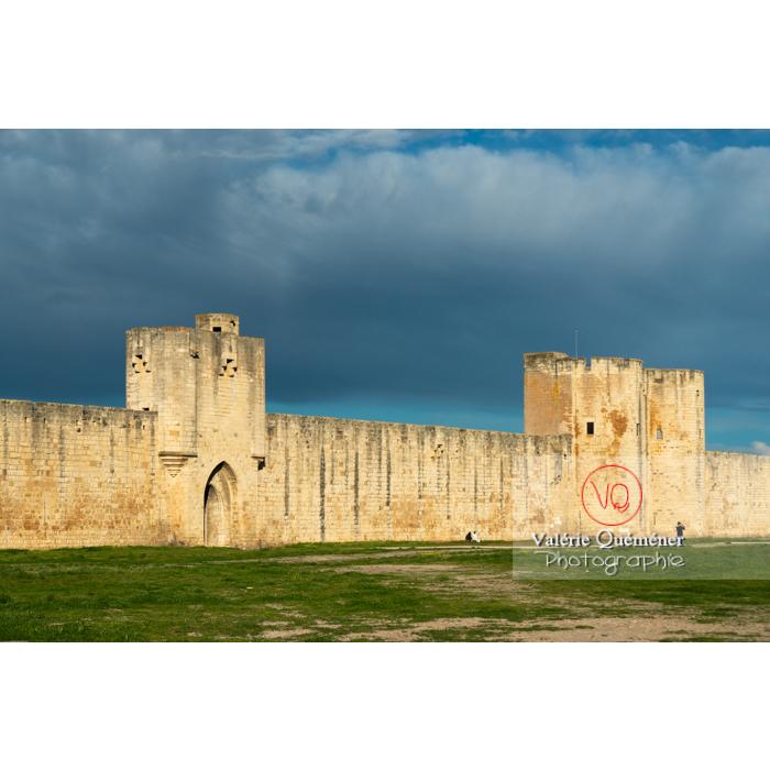 Remparts de la ville fortifiée d'Aigues-Mortes / Gard / Occitanie - Réf : VQFR30-0297 (Q3)