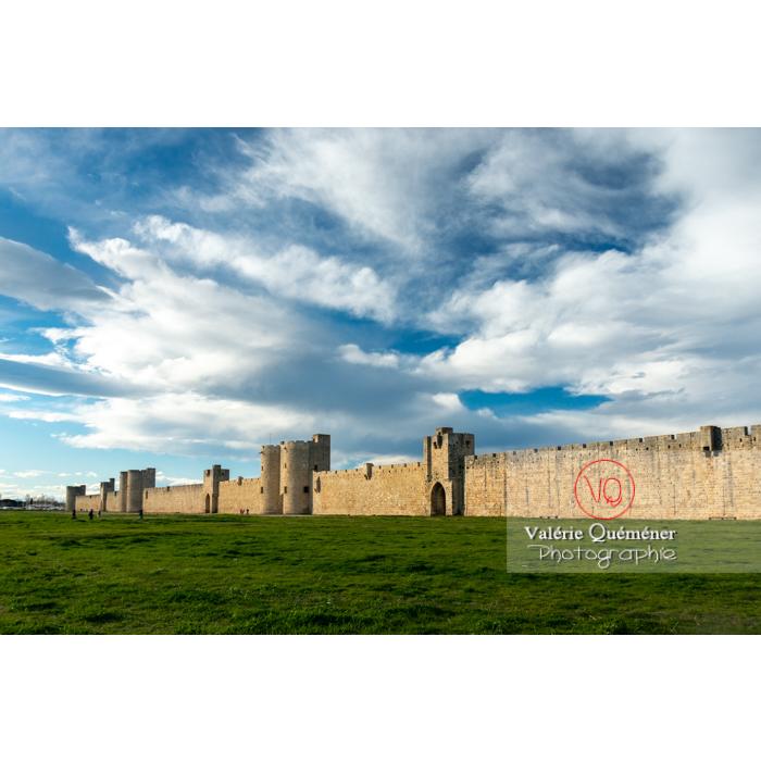 Remparts de la ville fortifiée d'Aigues-Mortes / Gard / Occitanie - Réf : VQFR30-0301 (Q3)