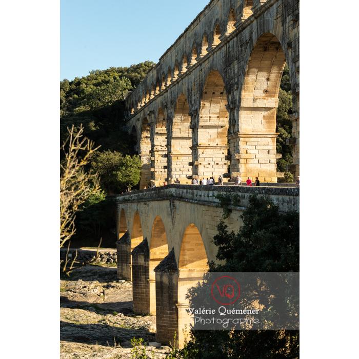 Profile du pont du Gard (MH) dans la vallée du Gardon / Occitanie - Réf : VQFR30-0391 (Q3)
