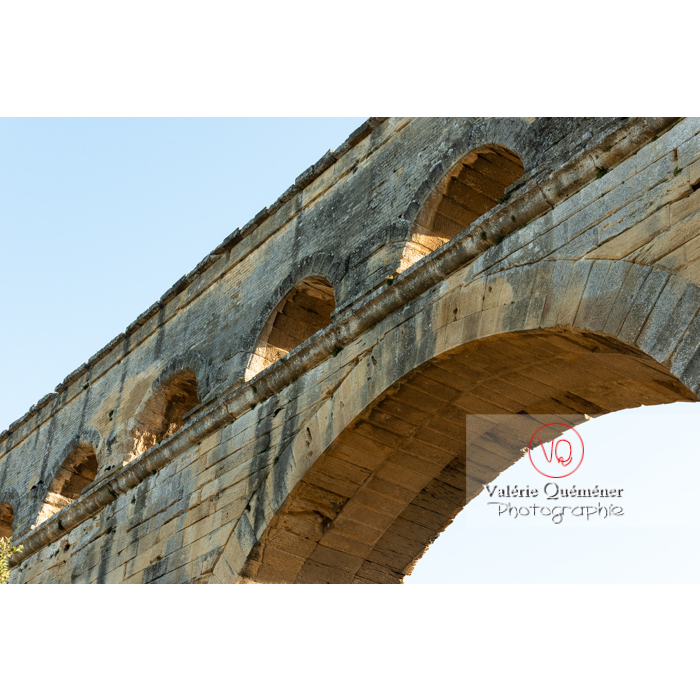 Niveau supérieur du pont du Gard (MH) / Occitanie - Réf : VQFR30-0392 (Q3)