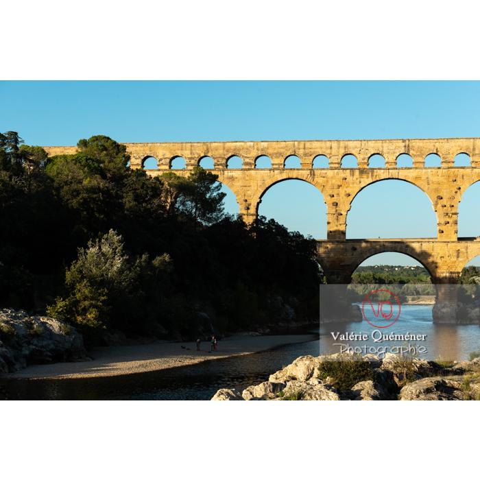 Site du pont du Gard (MH) dans la vallée du Gardon / Occitanie - Réf : VQFR30-0455 (Q3)