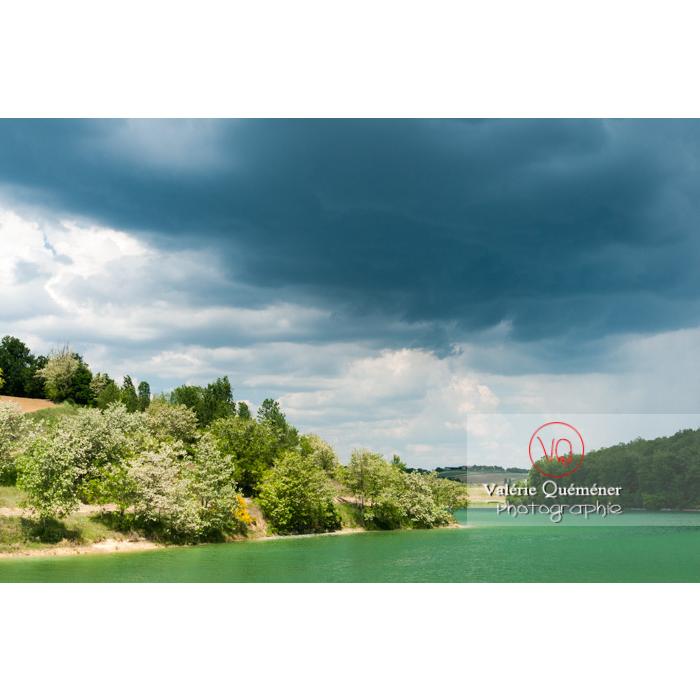 Lac de la Balerme sur la commune de Verfeil / Haute-Garonne / Occitanie - Réf : VQFR31-0097 (Q2)