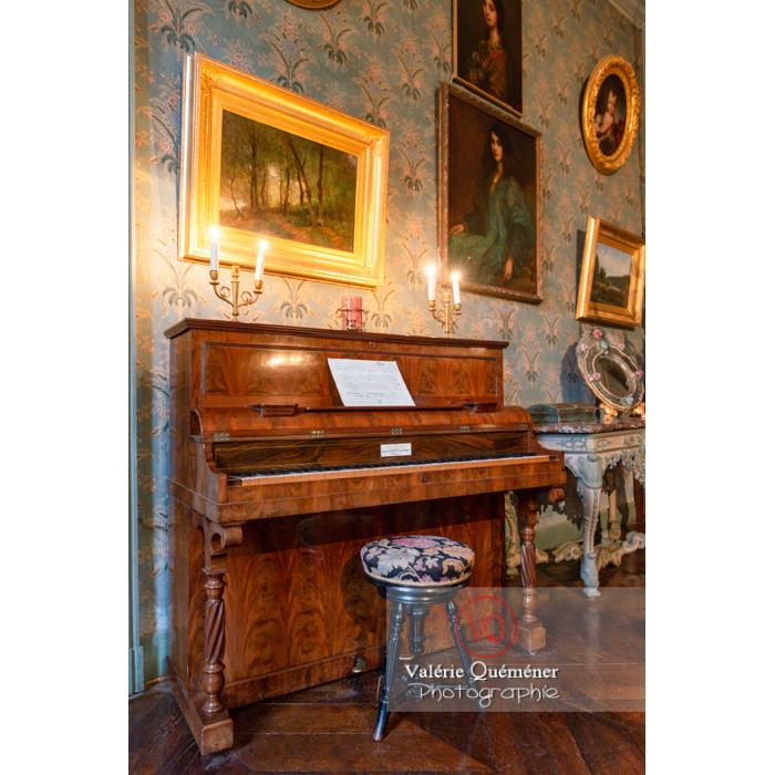 Piano dans la maison de George Sand à Nohant-Vic / Indre - Réf : VQFR36-0020 (Q3)