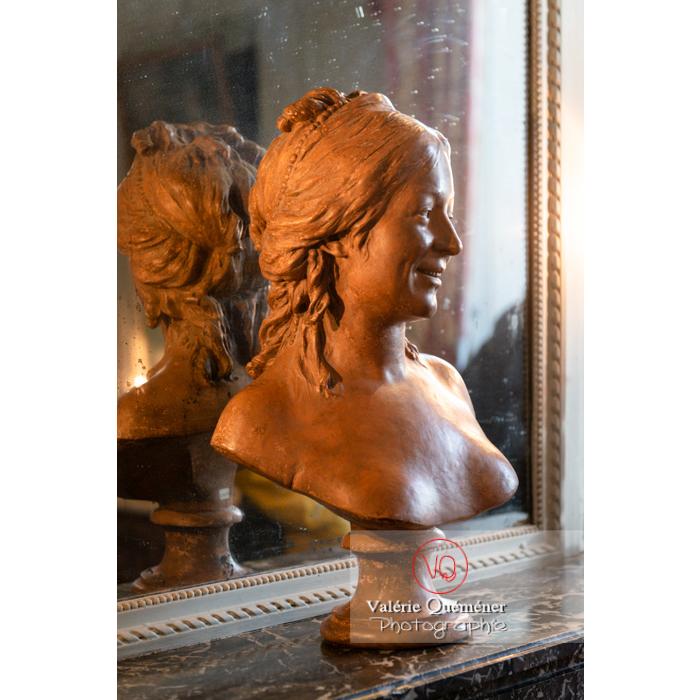 Buste dans la maison de George Sand à Nohant-Vic / Indre - Réf : VQFR36-0035 (Q3)