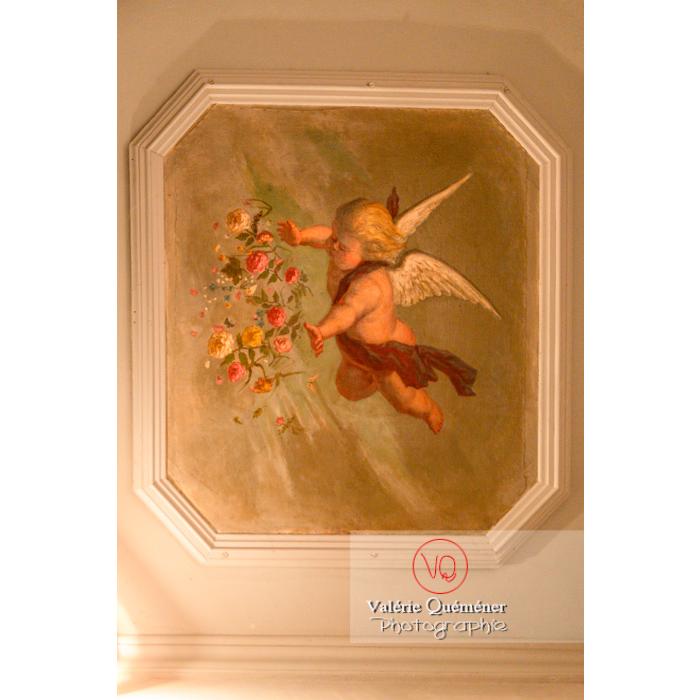 Peinture d'ange sur un plafond de la maison de George Sand à Nohant-Vic, Indre / Centre-Val de Loire - Réf : VQFR36-0041 (Q3)