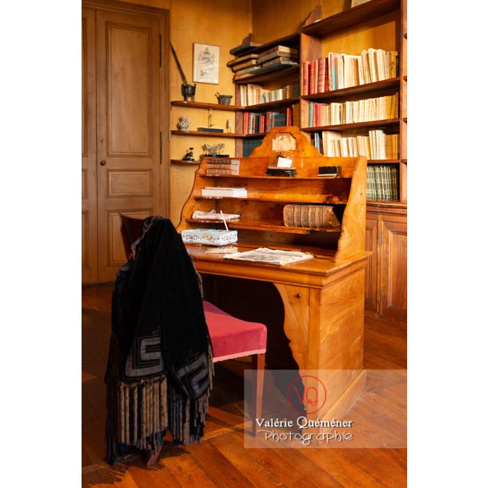 Pièce d'écriture de la maison de George Sand à Nohant-Vic / Indre - Réf : VQFR36-0056 (Q3)