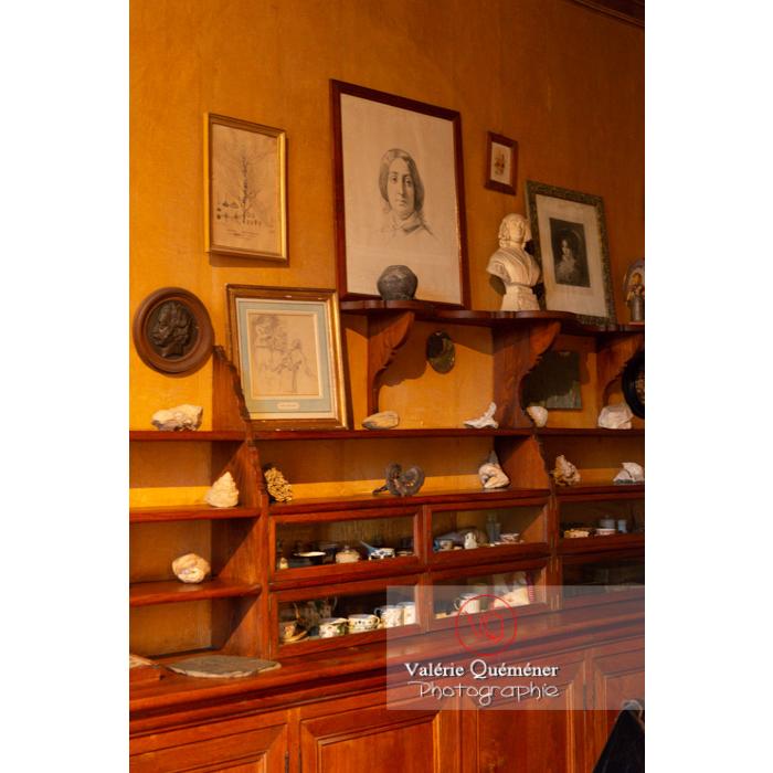 Pièce intérieure de la maison de George Sand à Nohant-Vic / Indre / Centre-Val-de-Loire - Réf : VQFR36-0057 (Q3)
