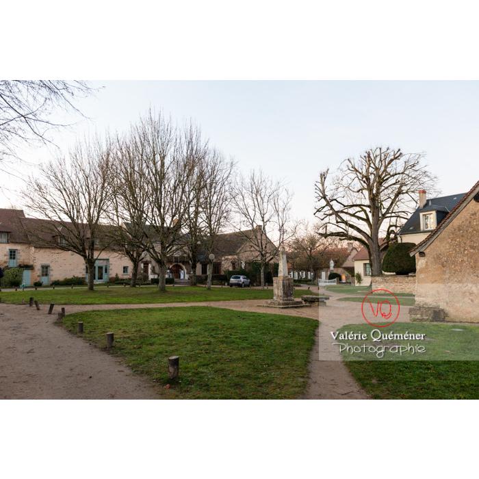 Place du village de Nohant-Vic - Réf : VQFR36-0070 (Q3)