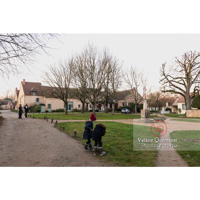 Place du village de Nohant-Vic - Réf : VQFR36-0071 (Q3)
