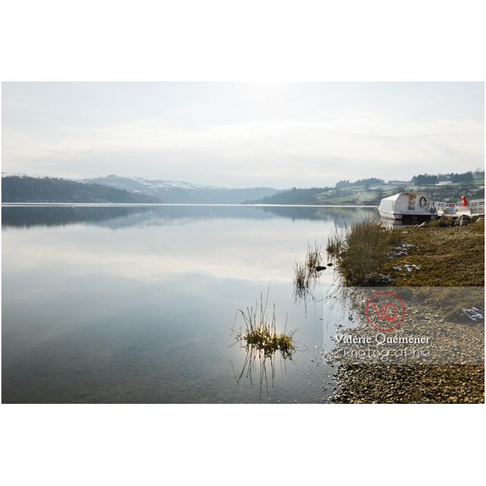 Bord du lac de Villerest en hiver / Loire / Auvergne-Rhône-Alpes - Réf : VQFR42-0035 (Q3)