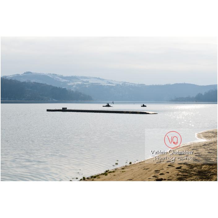 Bord du lac de Villerest en hiver / Loire / Auvergne-Rhône-Alpes - Réf : VQFR42-0037 (Q3)