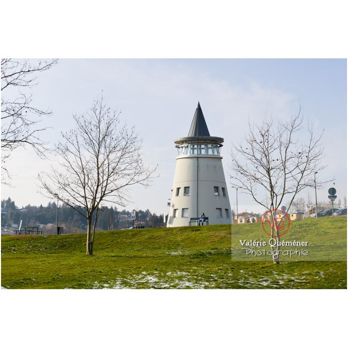 Phare du lac de Villerest en hiver / Loire / Auvergne-Rhône-Alpes - Réf : VQFR42-0038 (Q3)