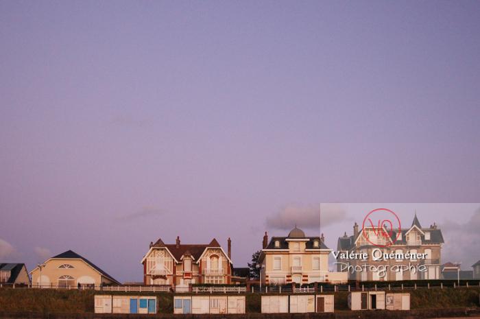 Villégiatures à Jullouville / Normandie - Réf : VQFR50-0002 (Q1)
