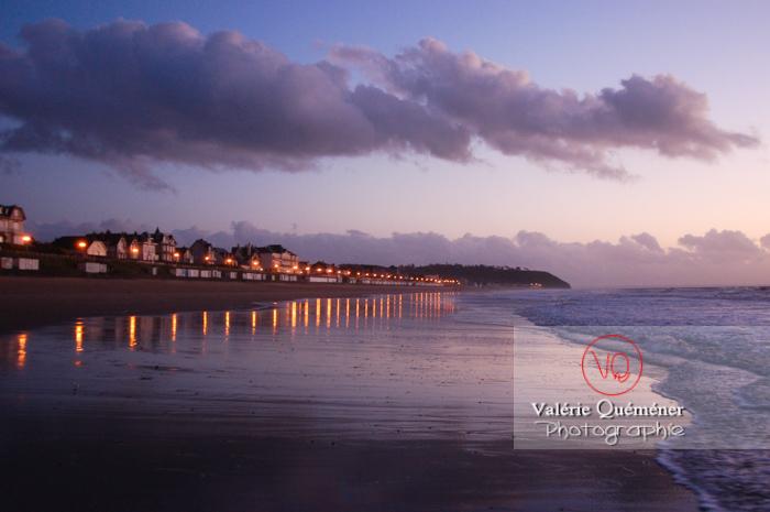Plage à Jullouville / Normandie - Réf : VQFR50-0004 (Q1)