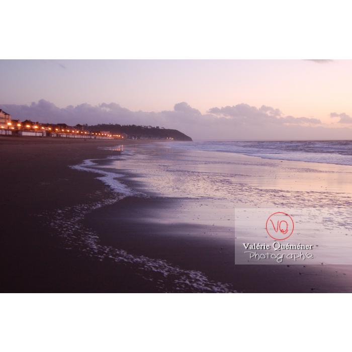 Plage de Jullouville / Manche / Normandie - Réf : VQFR50-0005 (Q1)