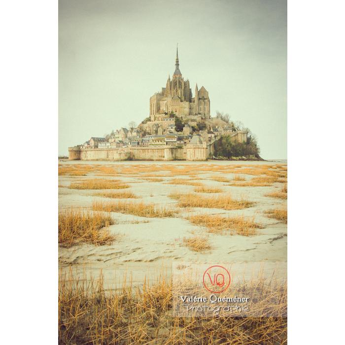 Mont St-Michel et sa baie à marée basse - Réf : VQFR50-0015-TV (Q1)