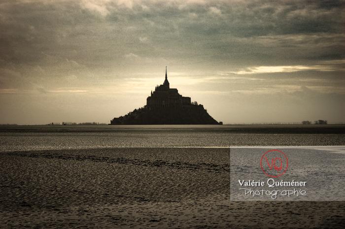 Mont-St-Michel et sa baie à marée basse - Réf : VQFR50-0031-TA (Q1)