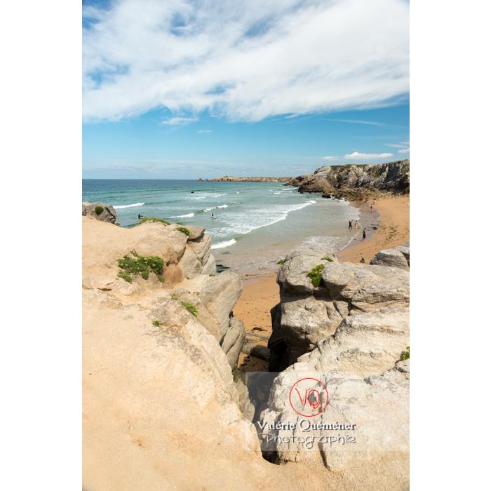 Plage de Port Bara sur la côte sauvage sur la presqu'île de Quiberon / Morbihan / Bretagne / France - Réf : VQFR56-0511 (Q3)