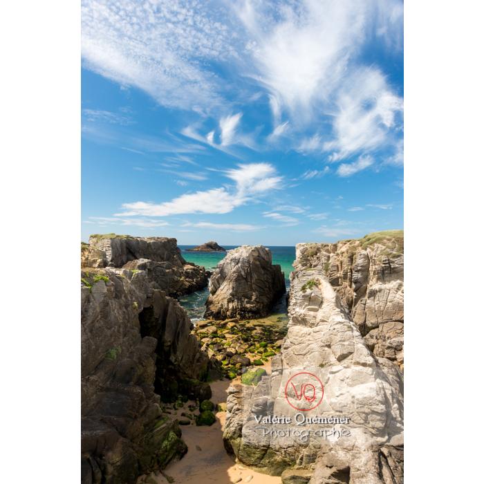 Côte sauvage sur la presqu'île de Quiberon / Morbihan / Bretagne / France - Réf : VQFR56-0516 (Q3)