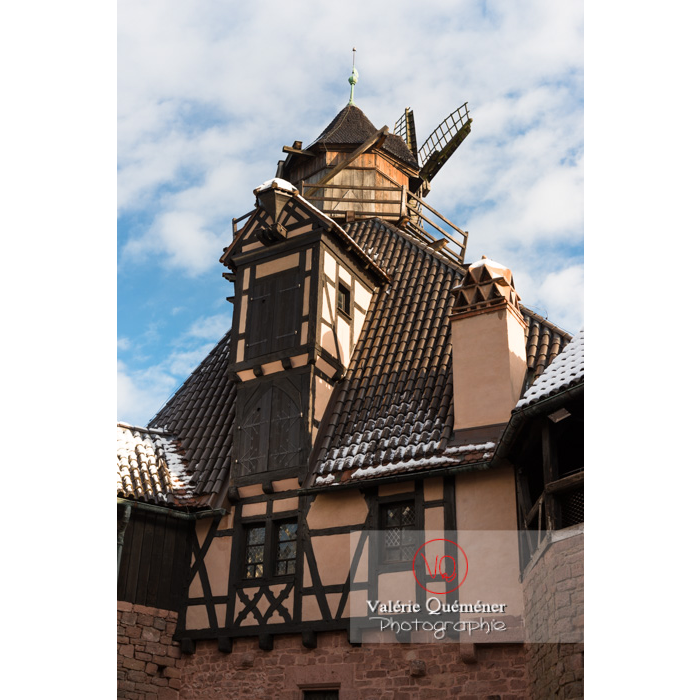 Moulin à vent au château du Haut-Koenigsbourg (MH) / Orschwiller / Bas-Rhin / Grand-Est - Réf : VQFR67-0053 (Q3)
