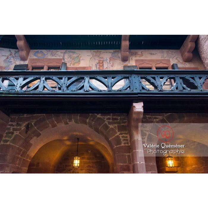 Galerie en bois du logis seigneurial au château du Haut-Koenigsbourg (MH) / Orschwiller / Bas-Rhin / Grand-Est - Réf : VQFR67-0083 (Q3)