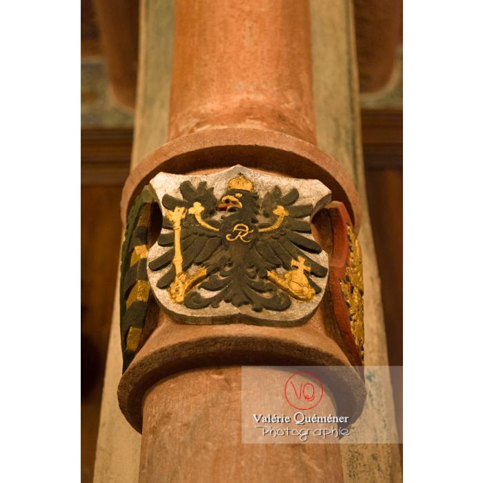 Blason de l'aigle impérial en bas-relief au château du Haut-Koenigsbourg (MH) / Orschwiller / Bas-Rhin / Grand-Est - Réf : VQFR67-0144 (Q3)