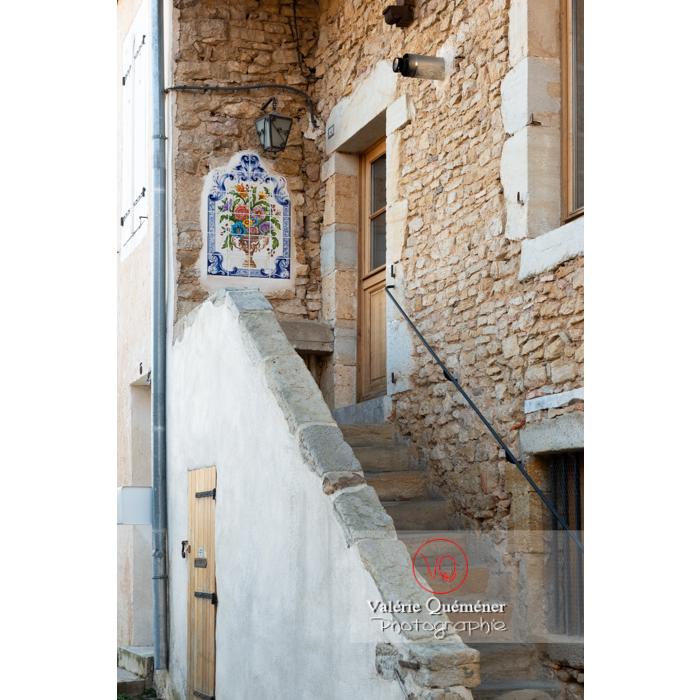 Maison avec faïence dans le centre ville de Charolles / Saône-et-Loire / Bourgogne-Franche-Comté - Réf : VQFR71-0265 (Q3)