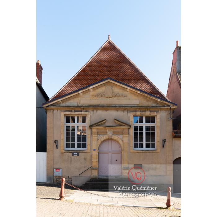 Ancien tribunal de commerce à Charolles / Saône-et-Loire / Bourgogne-Franche-Comté - Réf : VQFR71-0268 (Q3)