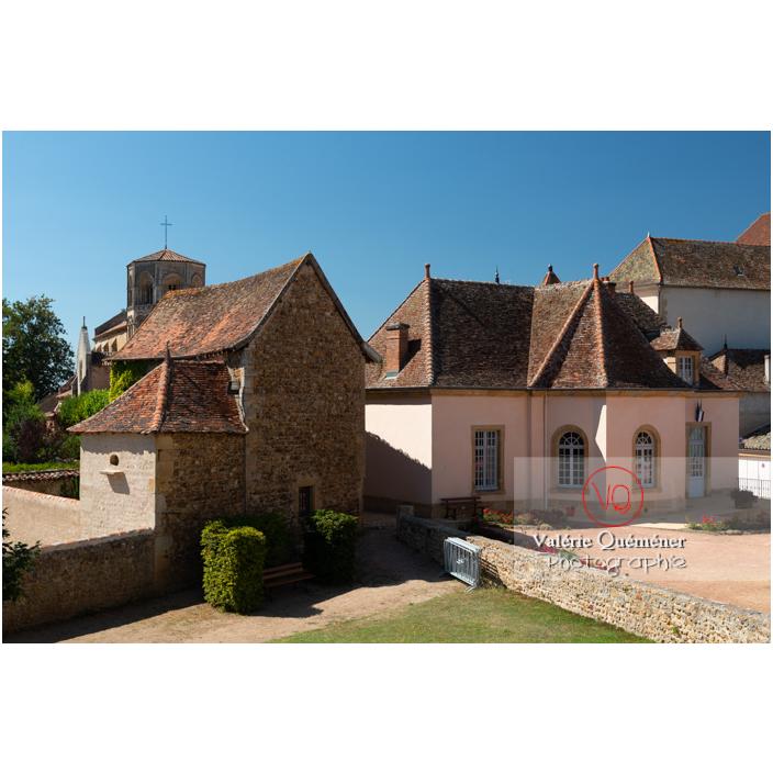 Arrière de l'hôtel de ville de l'ancien auditoire de justice à Semur-en-Brionnais / Saône-et-Loire / Bourgogne-Franche-Comté - Réf : VQFR71-2681 (Q3)