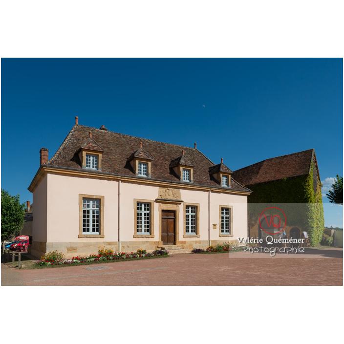 Hôtel de ville ancien auditoire de justice à Semur-en-Brionnais / Saône-et-Loire / Bourgogne-Franche-Comté - Réf : VQFR71-2706 (Q3)