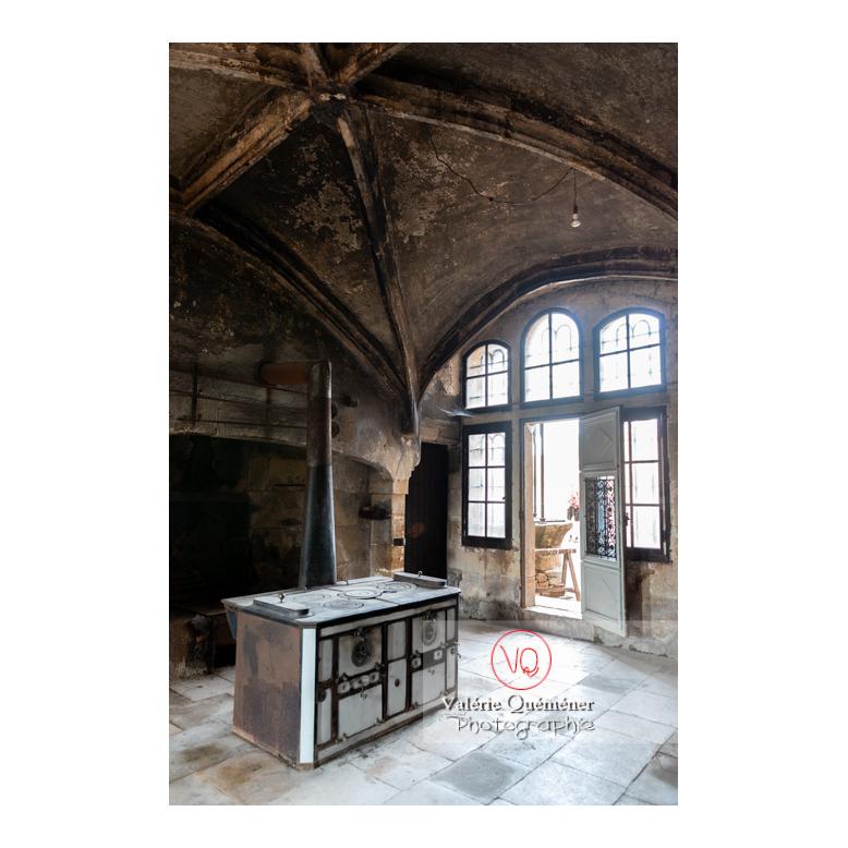 Cuisine médiévale du château de La Clayette (MH) / La Clayette / Saône-et-Loire / Bourgogne-Franche-Comté - Réf : VQFR71-2728 (Q3)