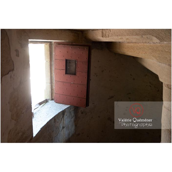 Escalier de la tour ronde du château de La Clayette (MH) / La Clayette / Saône-et-Loire / Bourgogne-Franche-Comté - Réf : VQFR71-2758 (Q3)