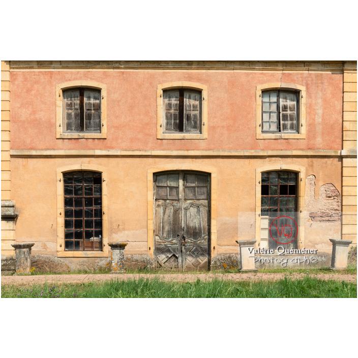 Détail de l'aile de l'orangerie du château de La Clayette (MH) / La Clayette / Saône-et-Loire / Bourgogne-Franche-Comté - Réf : VQFR71-2770 (Q3)