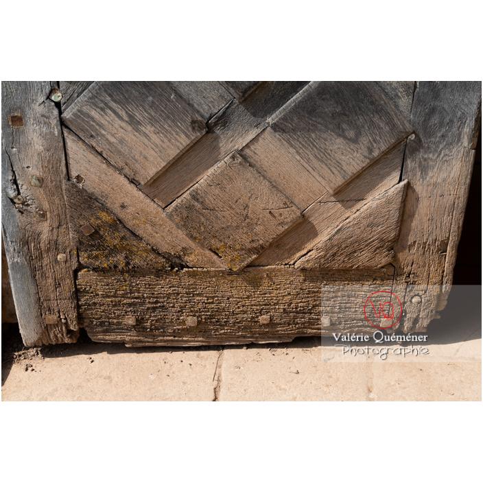 Détail de la porte de l'orangerie du château de La Clayette (MH) / La Clayette / Saône-et-Loire / Bourgogne-Franche-Comté - Réf : VQFR71-2776 (Q3)