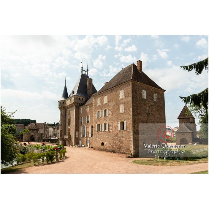 Cour du château de La Clayette (MH) / La Clayette / Saône-et-Loire / Bourgogne-Franche-Comté - Réf : VQFR71-2781 (Q3)