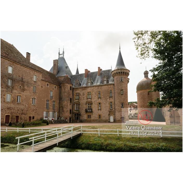 Cour du château de La Clayette (MH) / La Clayette / Saône-et-Loire / Bourgogne-Franche-Comté - Réf : VQFR71-2785 (Q3)