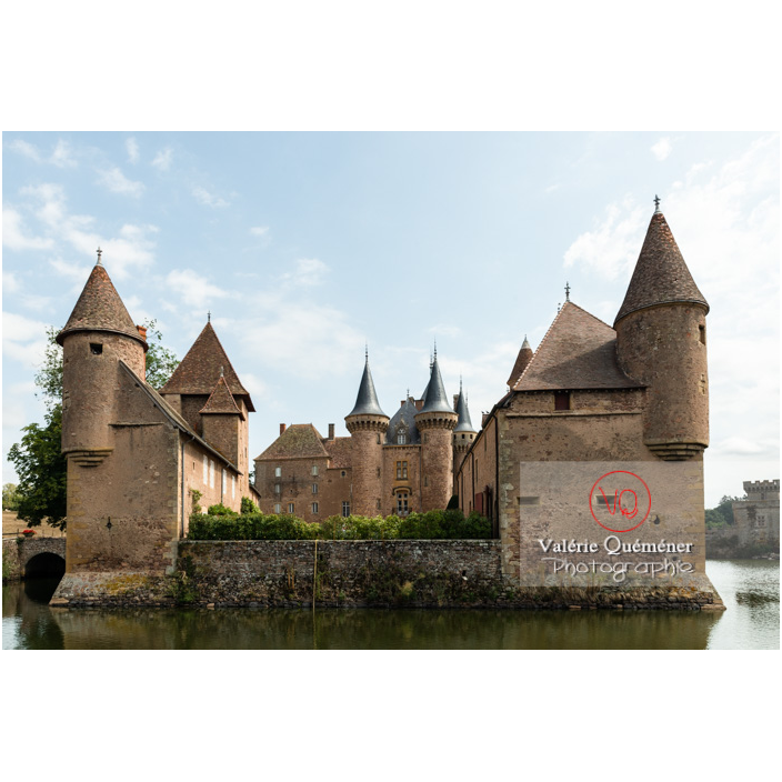 Communs nord et sud et logis du château de La Clayette (MH) / La Clayette / Saône-et-Loire / Bourgogne-Franche-Comté - Réf : VQFR71-2786 (Q3)