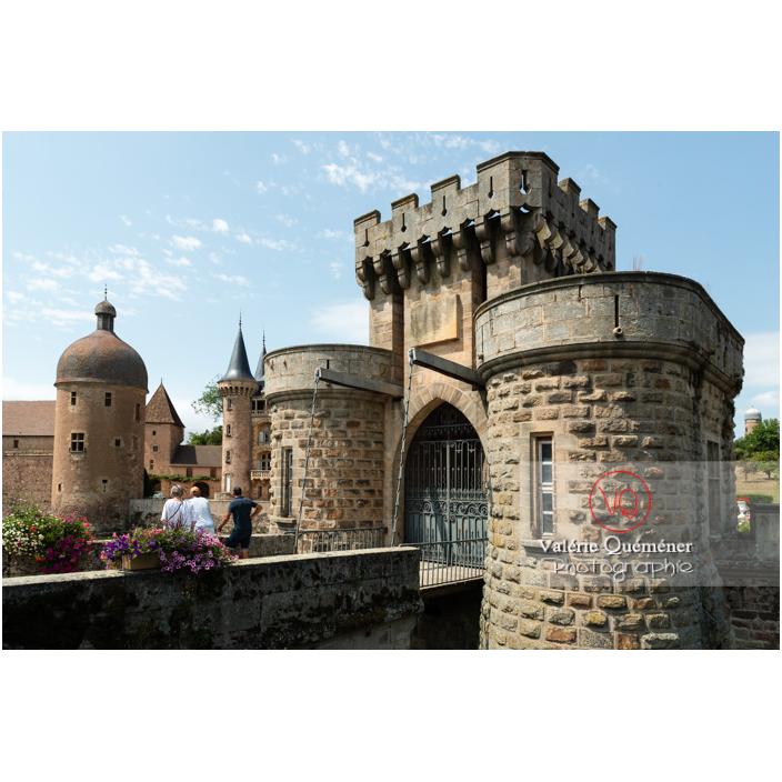 Pont-levis de la porte fortifiée du château de La Clayette (MH) / La Clayette / Saône-et-Loire / Bourgogne-Franche-Comté - Réf : VQFR71-2789 (Q3)