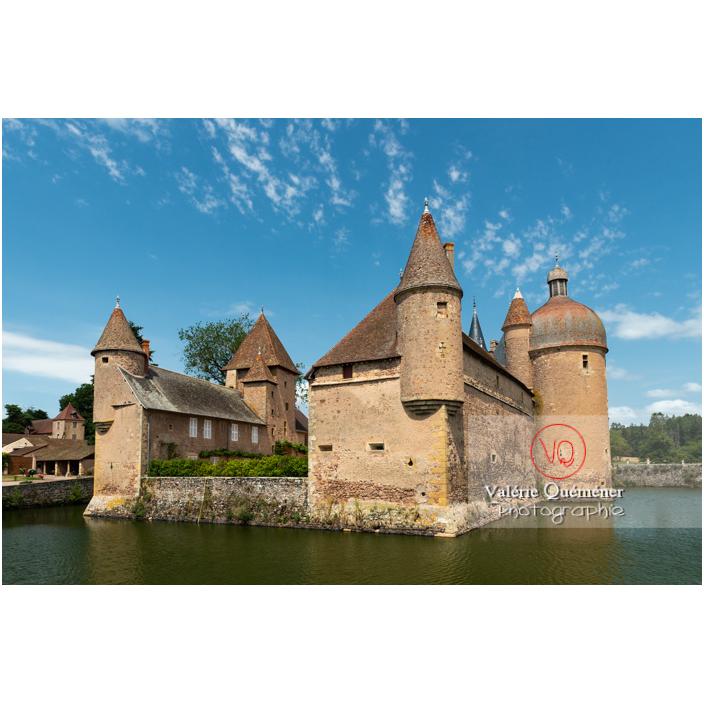 Douves au pied du château de La Clayette (MH) / La Clayette / Saône-et-Loire / Bourgogne-Franche-Comté - Réf : VQFR71-2798 (Q3)