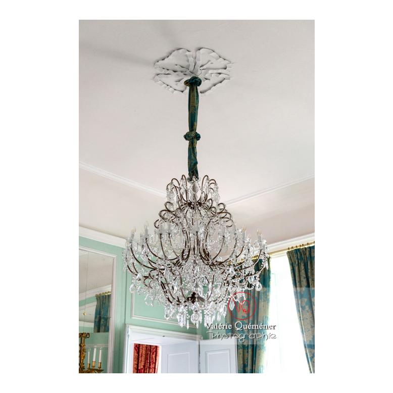 Lustre en verre au château de Drée (MH) à Curbigny / Saône-et-Loire / Bourgogne-Franche-Comté - Réf : VQFR71-2816 (Q3)