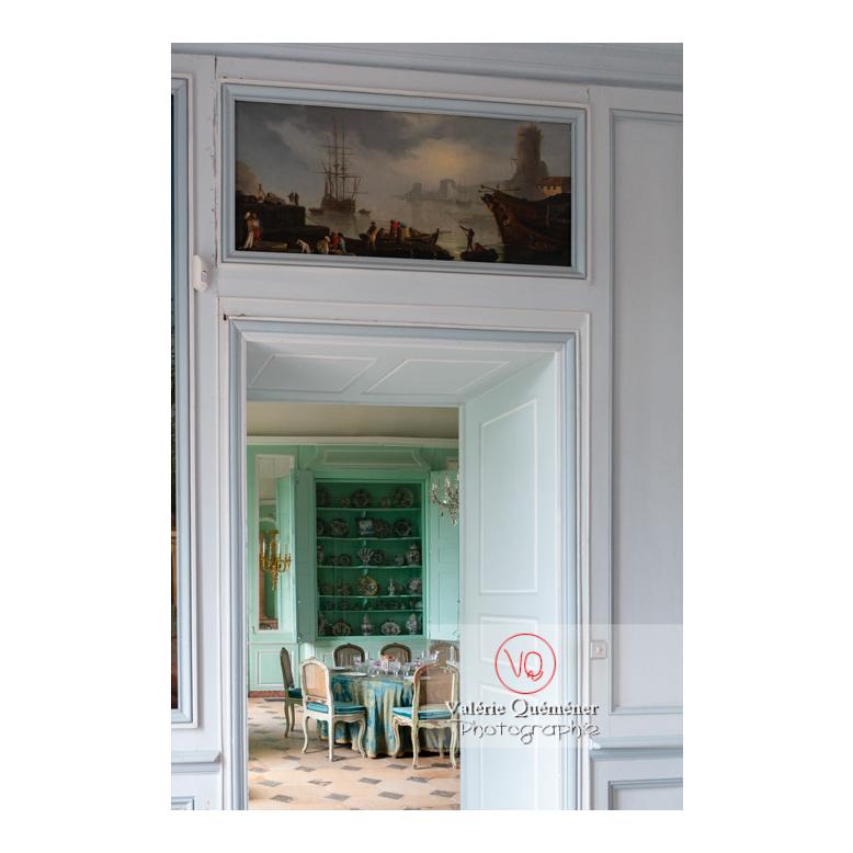 Peinture navale au-dessus d'une porte au château de Drée (MH) à Curbigny / Saône-et-Loire / Bourgogne-Franche-Comté - Réf : VQFR71-2821 (Q3)